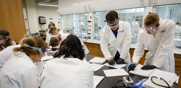 Chemistry LifeStudents in the Lab